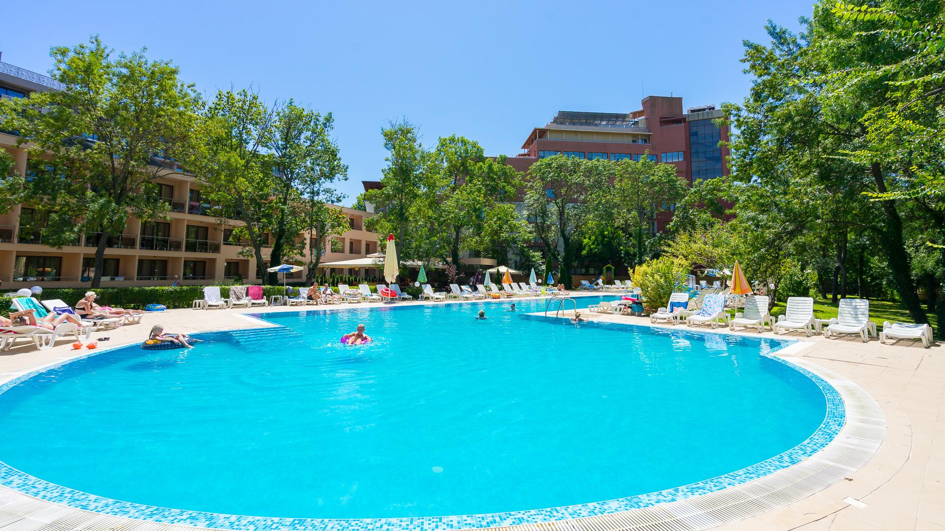 Hotel Yunona, Sunny Beach - Centralt & Ungdommeligt!